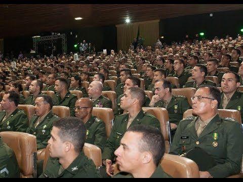 GENERAIS E COMANDANTES DAS FORÇAS ARMADAS EM REUNIÃO