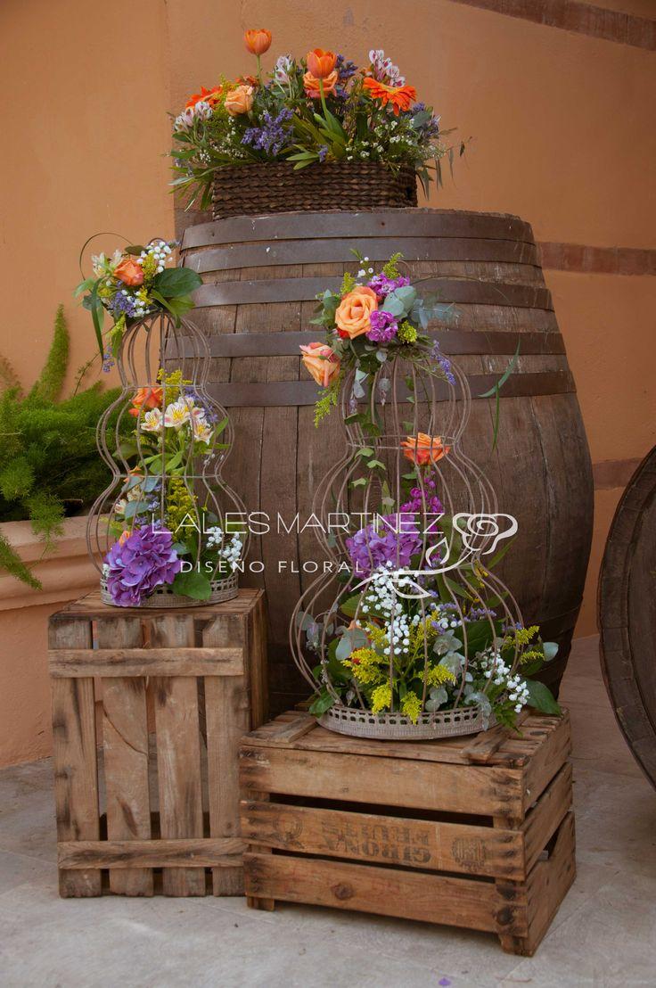 M s de 1000 ideas sobre jard n con barriles de vino en for Fachadas de terrazas rusticas