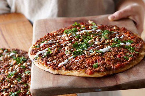 Tasty Turkish Veg & Non Veg Pizza in Gurgaon on Arooba restaurant. Recipe:  http://www.arooba.co.in