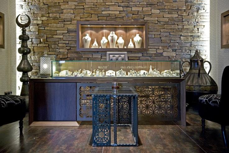 Nakka jewellery showroom by zoom tpu retail pinterest for Jewellery interior designs