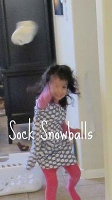 Snowball Fight!: Use balled up white socks as snowballs and have a family snowball fight! Run through the house, hide behind the couch, sneak up behind someone, and most of all have fun!: Ideas, Winter, Ice Theme, Socks, Sock Snowballs, Game, Kids, Fun