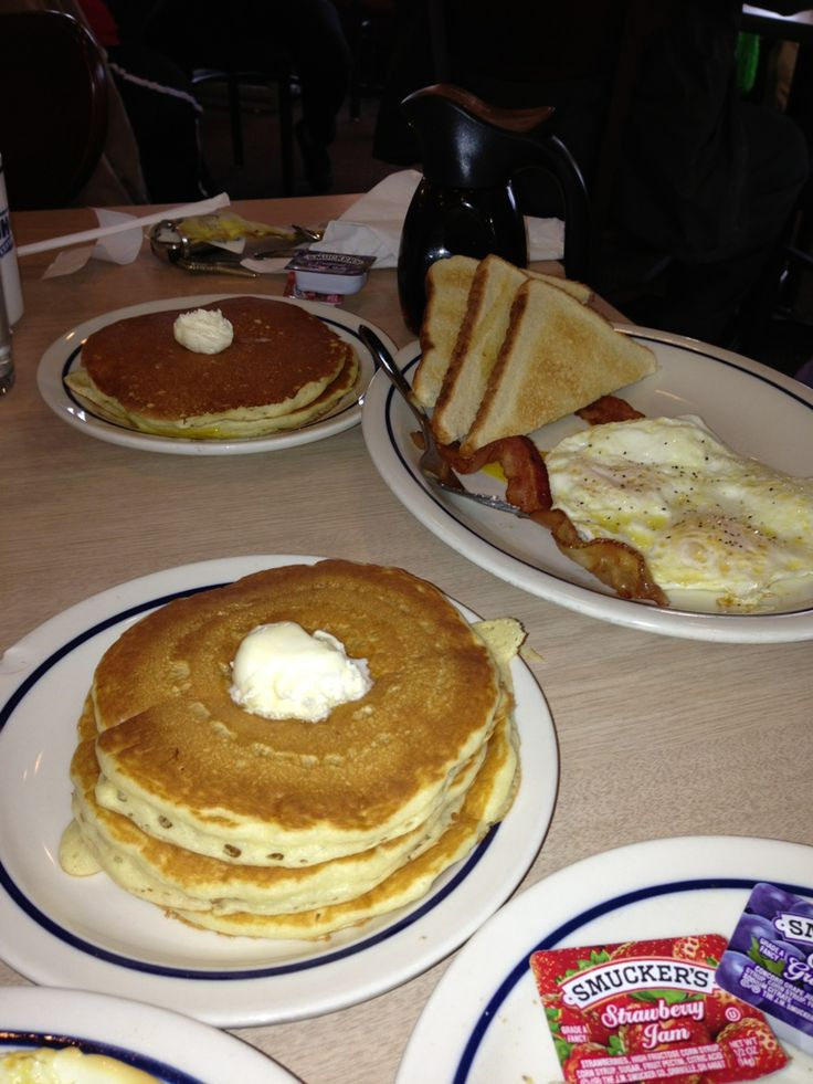 """IHOP Menu Prices. Looking for the complete IHOP menu? Look no further! See the full Ihop Menu with prices below, including the famous Ihop Breakfast menu, Lunch, Dinner and Senior Menu, plus information on the best Ihop specials and deals, like the popular """"Ihop Kids Eat Free"""", and the """"Ihop Free Pancakes"""" promotions."""