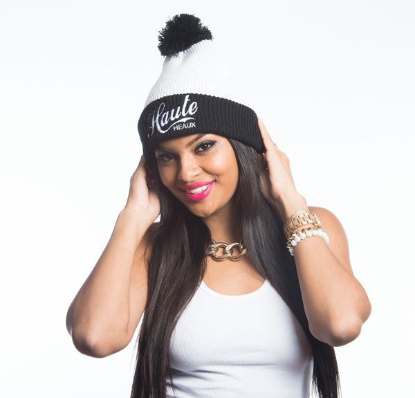 This super cute HAUTE HEAUX ® Beanie Pom hat, is a great fashion statement for the winter!
