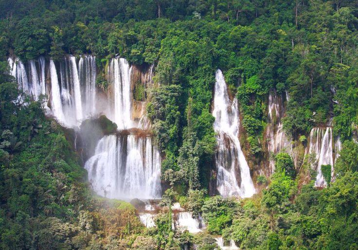 Umphang Wildlife Sanctuary i Thailand byder på Ti Lor Su vandfaldet, som er verdens sjette største vandfald. Vandfaldet er smukt, og omgivelserne er fantastiske!