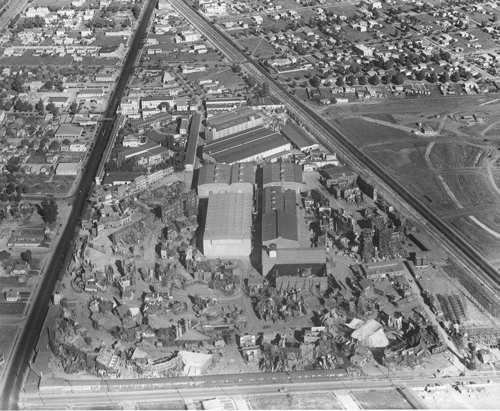 MGM Studios  1927