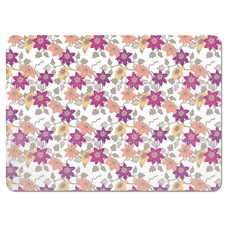 Uneekee Clematis Dreamgarden in White Placemats (Set of 4) (Clematis Dreamgarden In White Placemat) (Polyester)