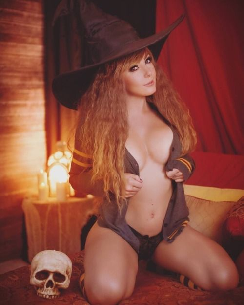 Hermione Granger (Harry Potter) by Jessica Nigri