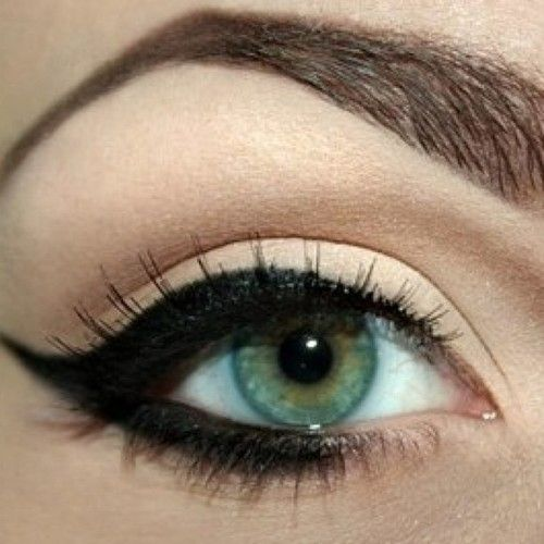 Clean shadow and a cat eye