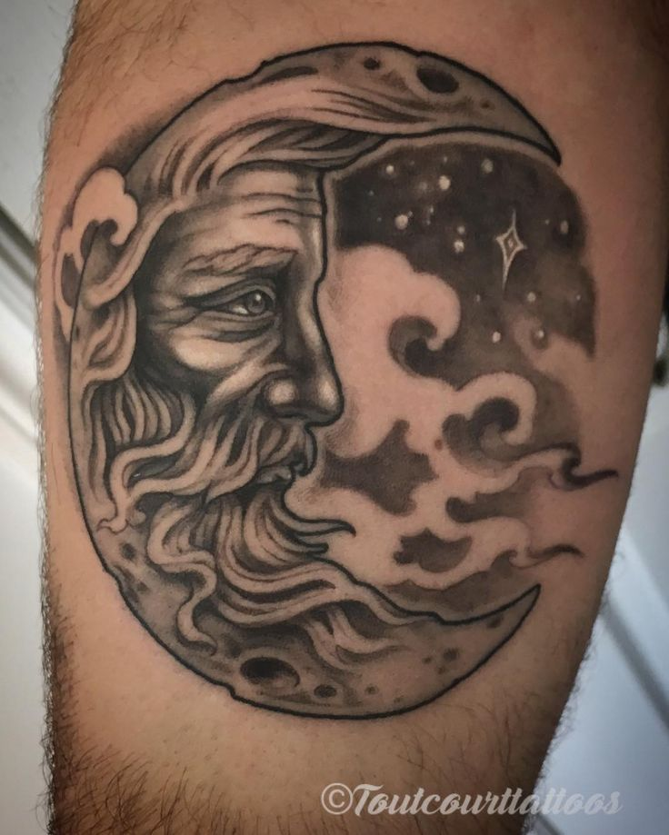 Old man in the moon from last week. Thanks for trusting me with your project, JF!  #tattoo #tattoos #mtl #montreal #montrealtattoo #montrealtattooartist #ladytattooers #darkartists #blackandgrey #blackandgreytattoo #moon #moontattoo #neotraditional #neotrad #neotraditionaltattoo