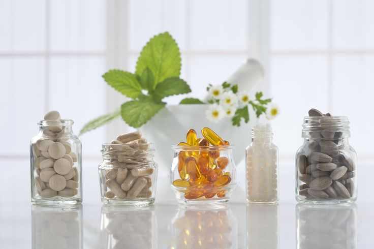 Victoria BC Dietitian (Dietician Nutritionist) Kristen Yarker, MSc, RD Answers Should I Take a Multivitamin Supplement (Adults) Read it at: http://kristenyarker.com/blog/should-i-take-a-multivitamin