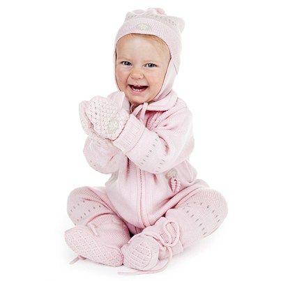 Sparkedress basic, Lue basic, Votter basic, og babytøfler i nydelig rosa! :)