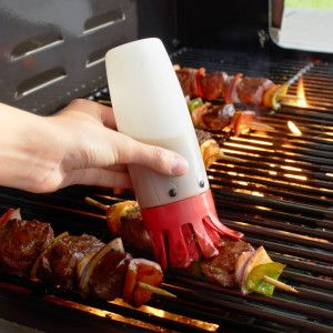 This googly eyed baster buddy should be in every #MeatGeeks arsional. It makes life easy and comes with a price tag of under $15.