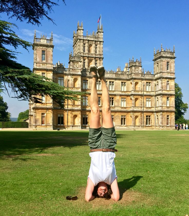 Spontaneous Yoga at Downton Abbey! (Highclere Castle)