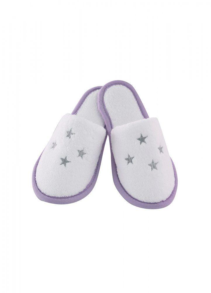 Froté papučky BALLERINA zahřejou nožky každé malé princezně. Dostupné ve velikostech od dvou do desíti let v barvě lila nebo růžové.