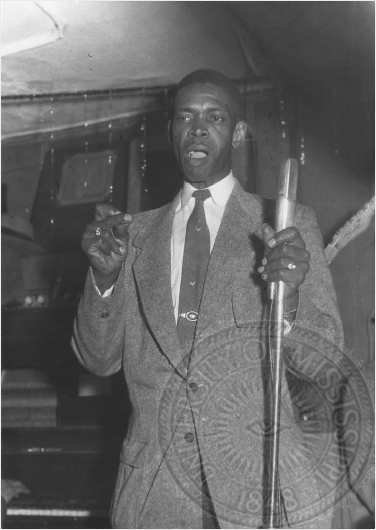 Elmore James at the Silvio's Lounge, Chicago December 1957