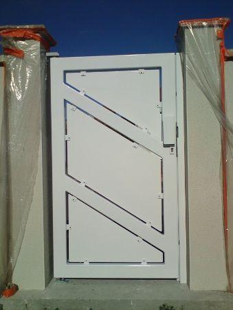 portillon acier finition blanc laqu cl ture pinterest. Black Bedroom Furniture Sets. Home Design Ideas