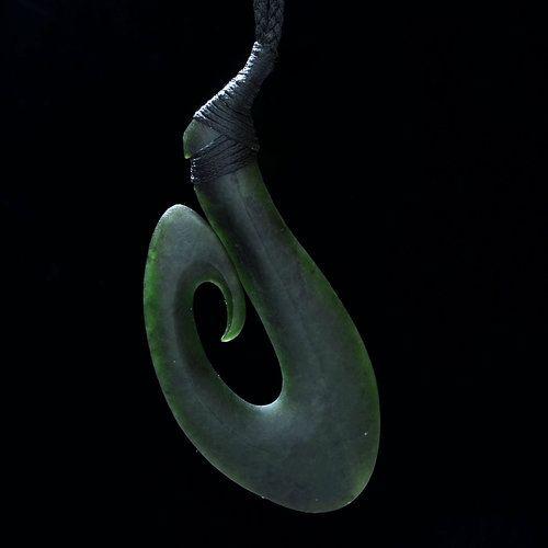 Hei matau fish hook pendant by tamaora walker m ori for Maori fish hook