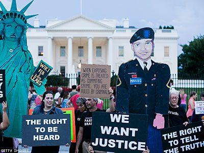 Manning Asks for Presidential Pardon