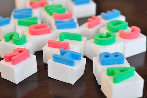 DIY big letter stamps.Diy Letters, Alphabet Stamps, Diy Stamps, Letters Stamps, Diy Christmas Gift, Large Letters, Art Ideas, Foam Letters, Diy Projects