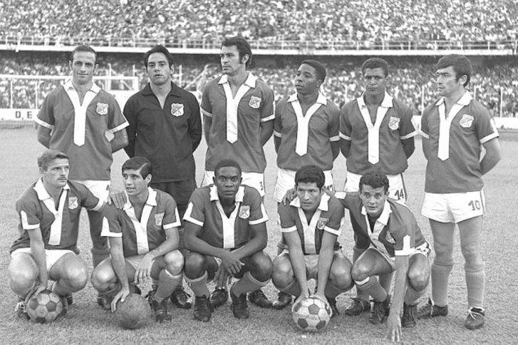 Deportivo Cali Campeón en 1969 con Francisco Villegas. Juan Martínez, Rosendo Toledo, Óscar López, Henry Hurtado, Óscar Muñoz, Mario Desiderio, Roberto Álvarez, José Yudica, Ramírez, Miguel Loayza e Iroldo.