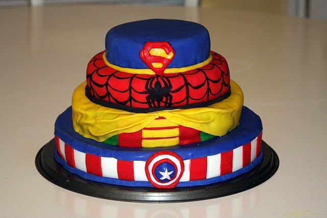 The tradition of a grooms cake has almost been forgotten - but what a great way to add a little fun to a wedding.  The bride can have her picture perfect wedding, and the groom can have some goofy cake fun...and eat it too.  lifefrosting.blogspot.com: Cakes Ideas, Comic Superhero, Robbie Comic, Life Frostings, Superhero Parties, Parties Ideas, Super Heroes Birthday, Superhero Cakes, Super Heroes Cakes