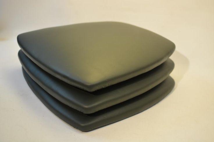 neue Bezüge aus Nappaleder für Stühle Kundenwunschbestellung
