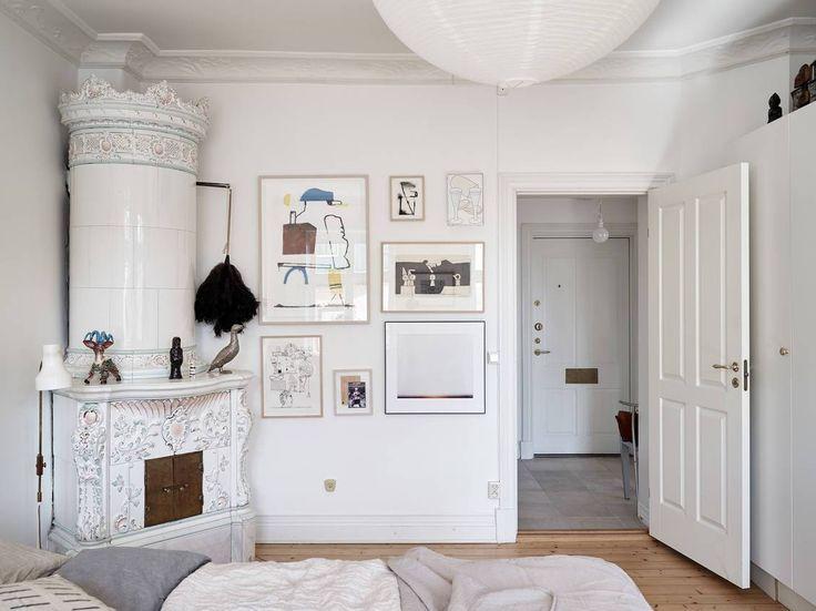 Artsy bedroom corner | Artsy bedroom, Bedroom corner ...
