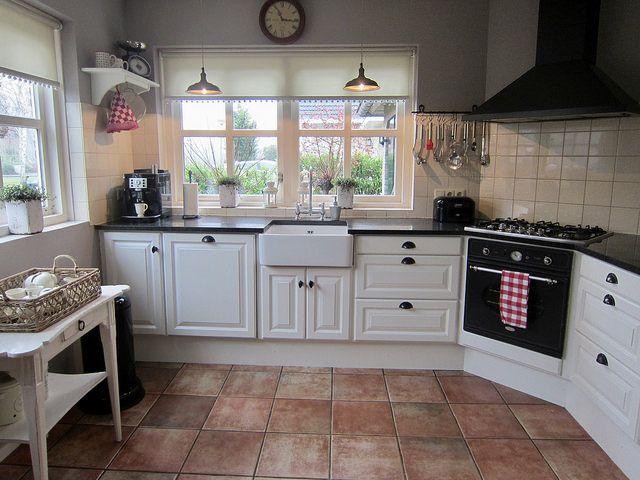 Binnenkijken bij jan en anja rustieke keukens keuken en keukens - Keuken rustieke grijze ...