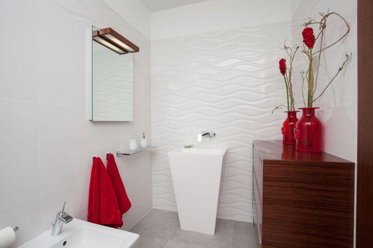 Dekoracja Lazienki Jakie Kwiaty Doniczkowe Wybrac Do Lazienki Beautiful Bathrooms White Bathroom Shower