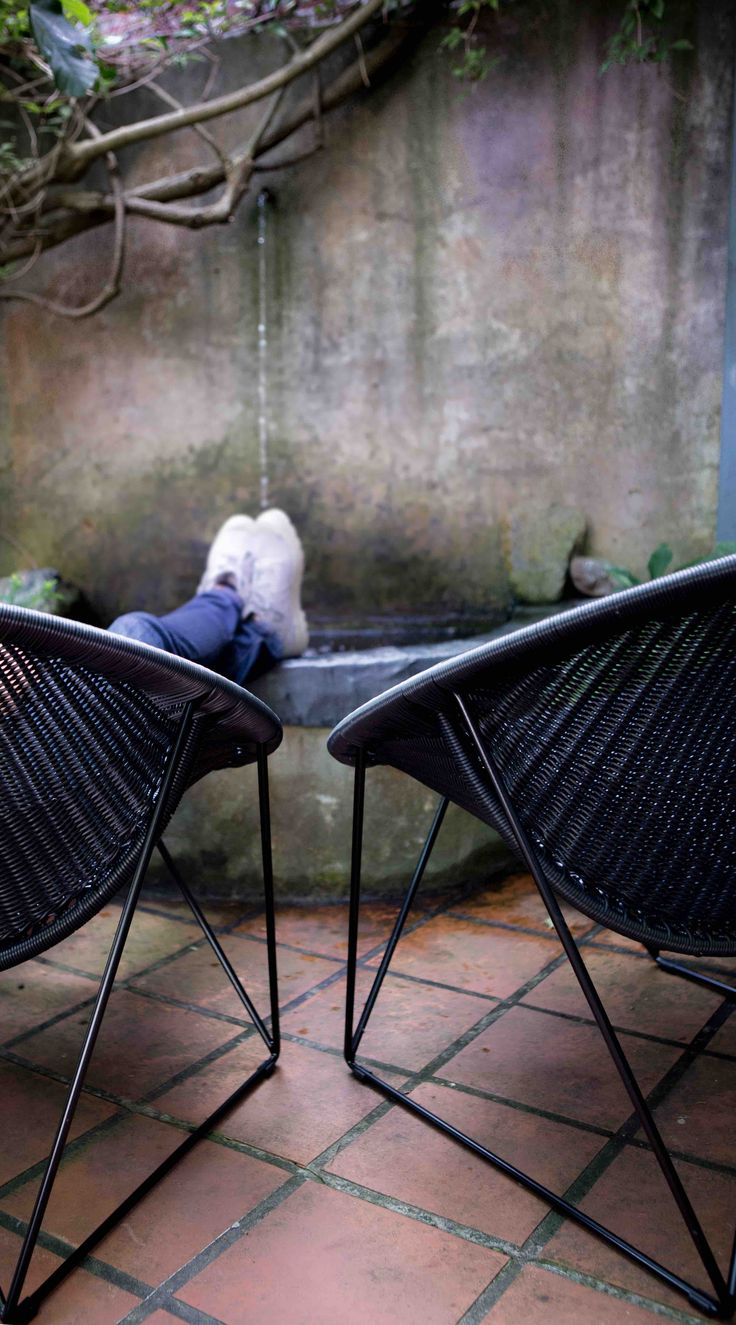 Relaxing in the comfortable C317 black/black ©FrankLodderphotography
