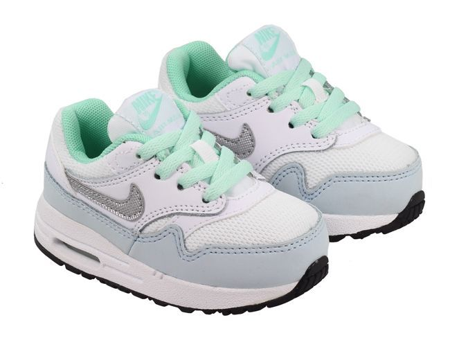 The latest arrival for infants are these ultra cool Nike Max 1's in a White Metallic Silver colourway.These trainers will give your little ones all day comfort thanks to the visible Nike Air chambers and full lave up for the ultimate in customised fit and feel.Ultra comfortable and ultra stylish for your toddler.