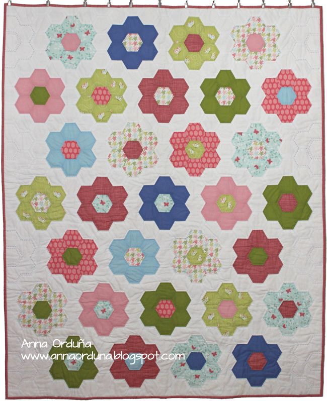 96 best HEXÁGONOS PATCHWORK images on Pinterest | Hexagon quilting ...