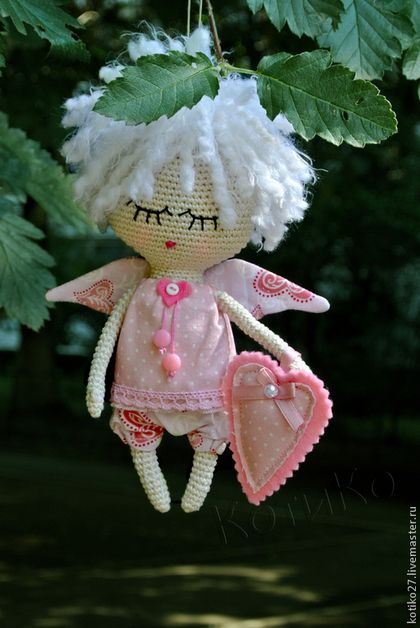 Amigurumi fairy doll with white hair. (Inspiration).