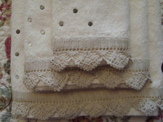 Juego de 3 toallas con puntilla de ganchillo - artesanum com