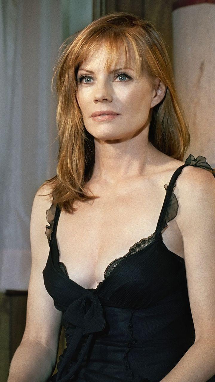 Marg Helgenberger, black dress, celebrity, 720x1280