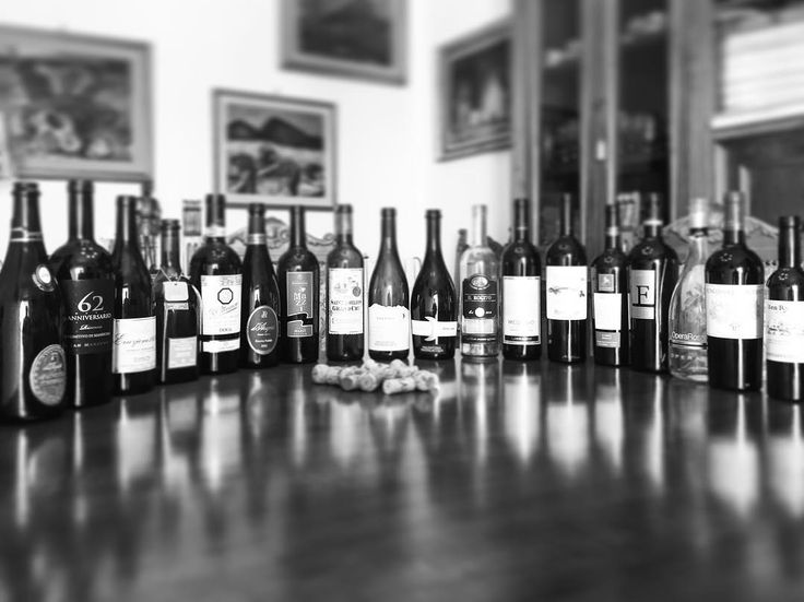 """Mi piace"": 40, commenti: 2 - FAMEDISUD® Digital Project (@famedisud) su Instagram: ""[Cibus] Excellent wines from autochthon southern Italian grapes. Discover Italy 🇮🇹 the land which…"""