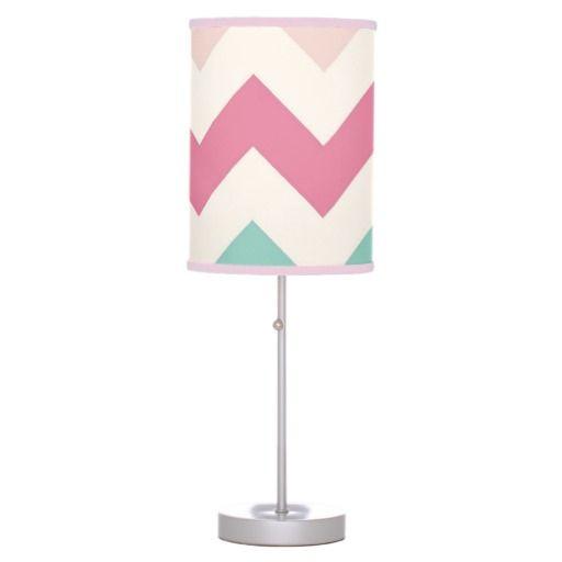 パステルカラーのシェブロン模様のランプ。 #zazzle #ランプ