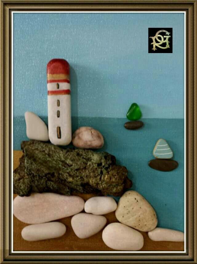 Il guardiano del faro -Painted Stones di Rosaria Gagliardi