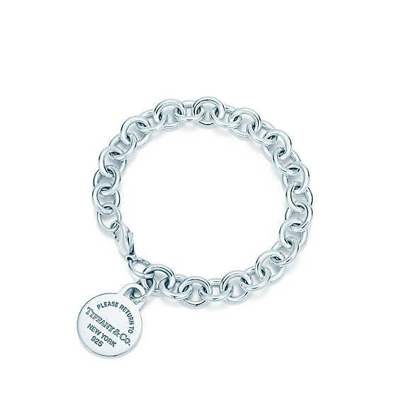 Return to Tiffany™ Armband mit rundem Anhänger aus Sterlingsilber, Medium.