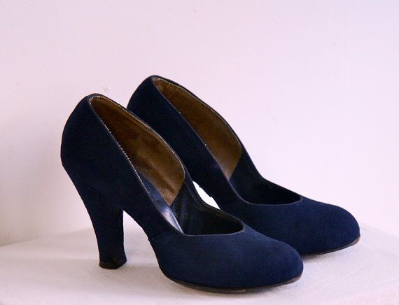 1940s Shoes // Vintage Navy Brushed Leather // by dethrosevintage, $96.00#Repin By:Pinterest++ for iPad#
