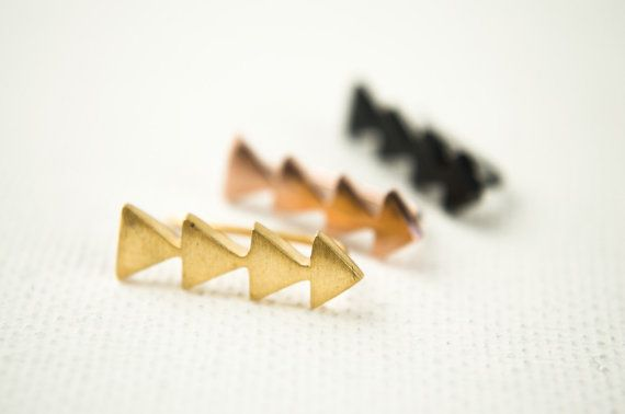 Rose Gold Triangle Ear Pin, Rose Gold Vermeil, Shiny Gold Ear Sweep, Geometric Ear Cuff, Minimalistic, Modern Jewelry, Hand Made, Gift,EC007