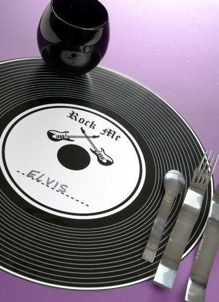 Set de Table Disque Vinyle Noir Rock'n Roll 34 cm, set de table Disque vinyle noir et blanc style rock pour deco de table festive et décoration de mariage, fête à thème musique années 60-70, idée deco table anniversaire.