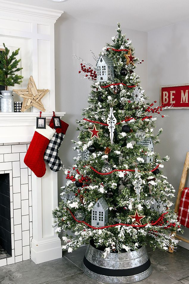 Farmhouse Christmas Tree Simple And Fun With A Customized Tree Collar Love It Ad Handma Cool Christmas Trees Farmhouse Christmas Tree Farmhouse Christmas