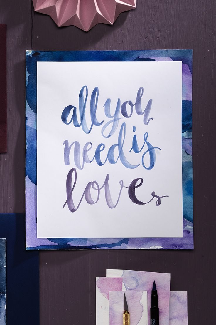 Brush lettering www.panduro.com Art by Panduro #decoration #DIY #brushlettering #wallhanging  #frame #art #panduro #watercolor