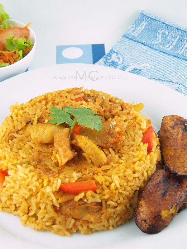 Dominican Rice with Cod Fish/ Arroz con Bacalao - Maris Cakes (English) Dominican food!