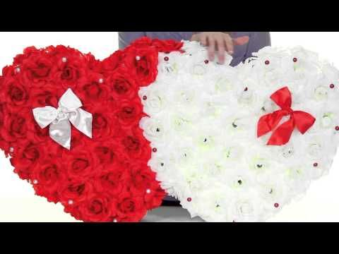 Свадебные украшения на машину: украшаем капот большими сердцами - YouTube