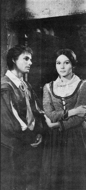""".......hy nick! 1967. Riproduzione televisiva de """"I Promessi Sposi"""". Renzo (Nino Castelnuovo) e Lucia   (Paola Pitagora) e diretto da Sandro Bolchi."""