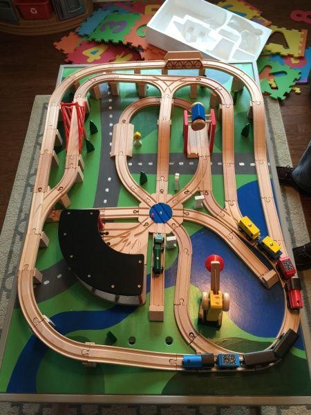 Train/Activity Table - Kreg Projects #diytrain #traintracks #cool