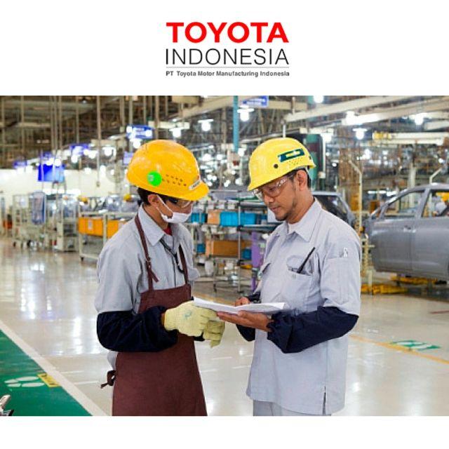 """Dalam menunjunjang aktivitas produksi karyawannya, TMMIN menciptakan lingkungan kerja yang """"Bersih, Cerah dan Nyaman"""". Prinsip-prinsip tersebut dilakukan oleh karyawan, untuk karyawan, yang didasarkan atas pengumpulan suara karyawan #TMMIN #ToyotaIndonesia #ToyotaIndonesiaManufacturing"""