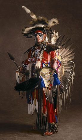White Wolf: Native American Powwow Tradition Celebrated in Pictures and Pride